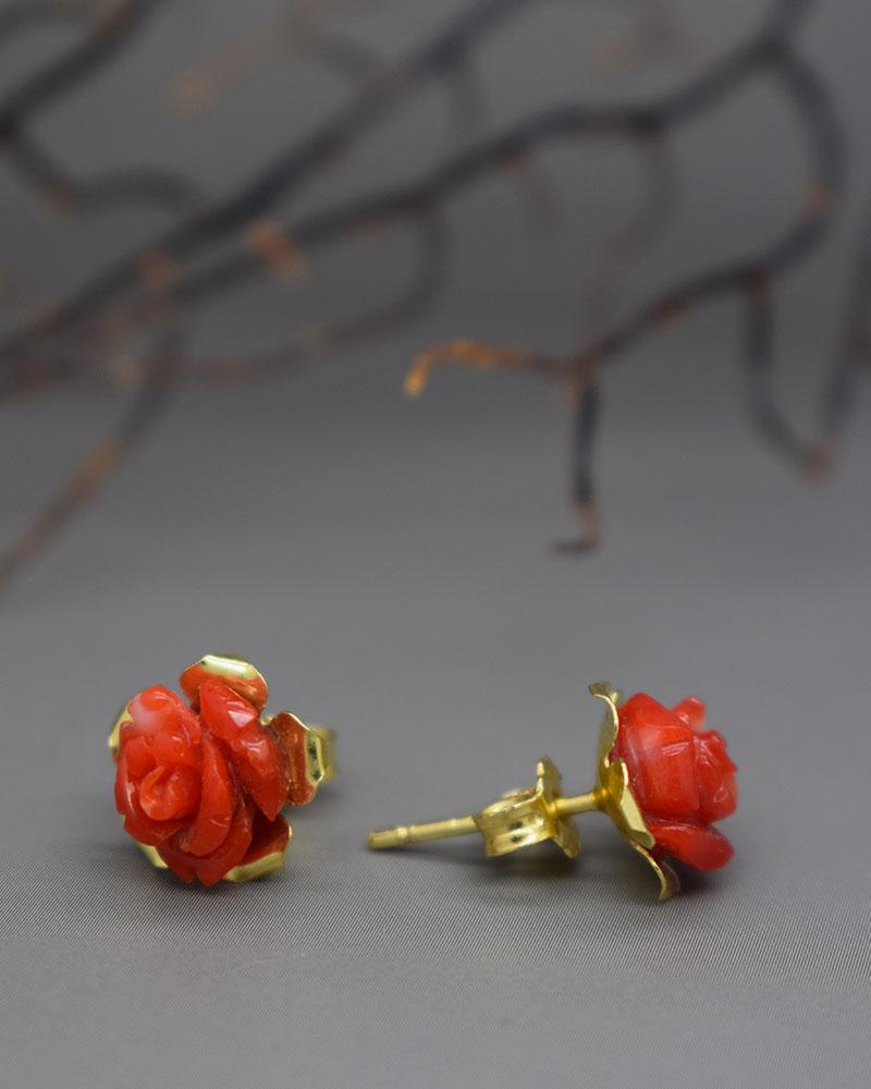 Rose di Corallo rosso ed oro 18k