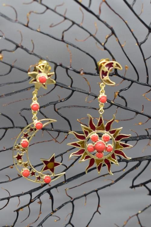Orecchini sole luna in argento e corallo rosso