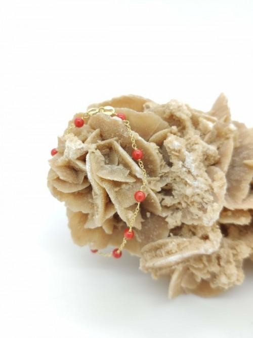 braccialetto di corallo rosso per la nascita