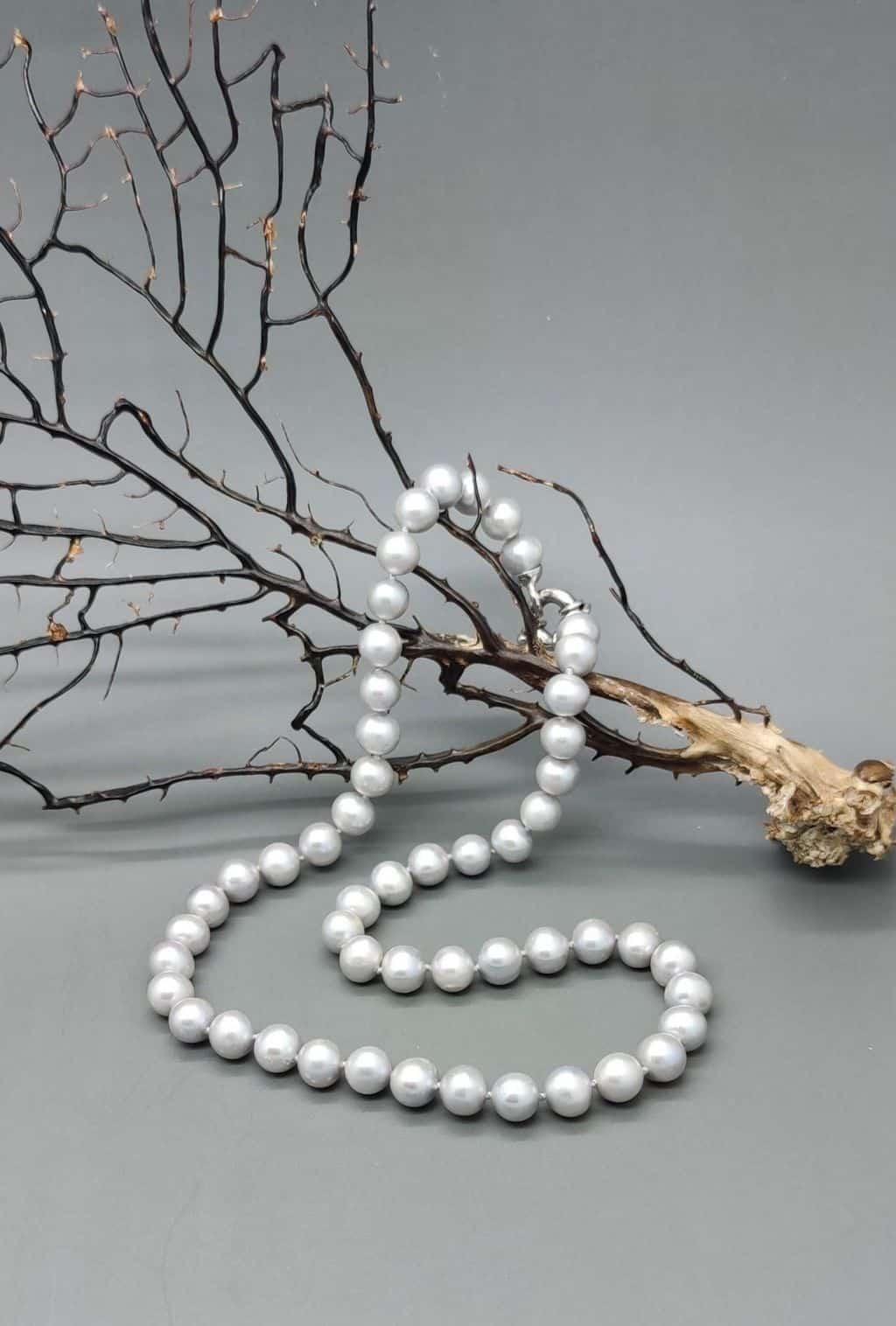 collana-perle-fiume-grigio-chiaro-mm7,5